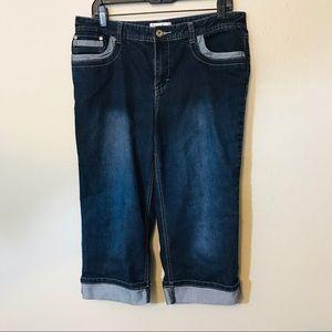 06c185ff194 10 Christopher Banks Cuffed Capri Jeans